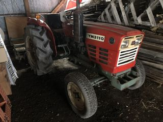 front photo of car YM3110 - 1979 YANMAR 3110  - RED