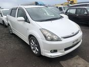 front photo of car ANE11 - 2003 Toyota WISH Z - PEARL WHITE