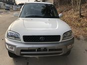 front photo of car SXA11G - 1998 Toyota RAV4 L-V - WHITE 2 TONE